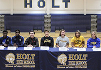 WSD Seniors Sign National Letters of Intent