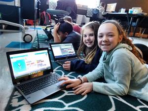 GIrls Coding at Kelly Schnettgoecke's at Wabash Elementary